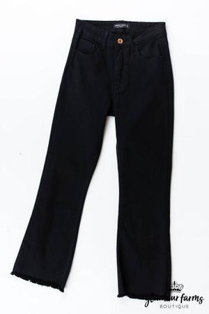 sku13401 | Flared Crop Jean