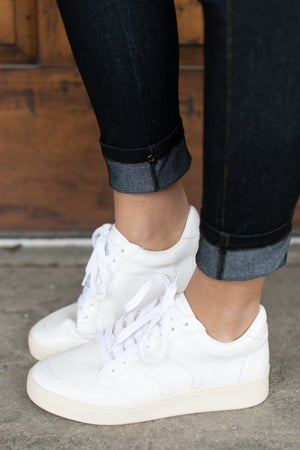 sku17928 | Lace-Up Street Sneaker