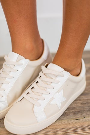 sku15267 | Star Lace-Up Sneaker