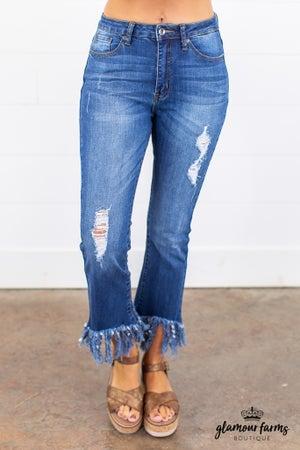 sku15124 | Distressed Skinny Jean