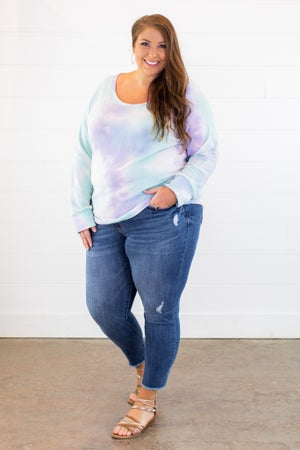 sku15122   Distressed Skinny Jean