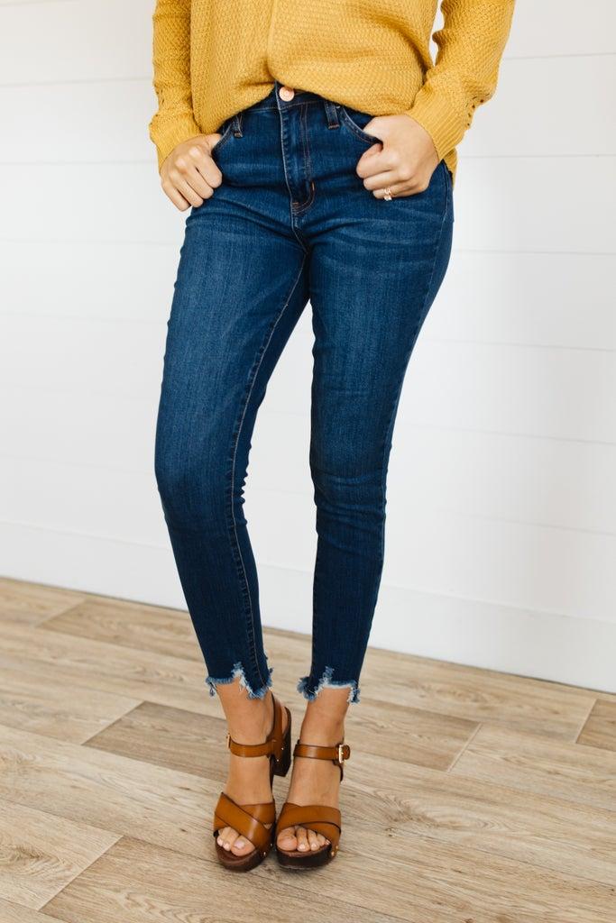 sku19907 | High Rise Frayed Hi-Lo Hem Skinny Jeans