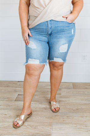 sku19808 | Destroyed Bermuda Denim Shorts