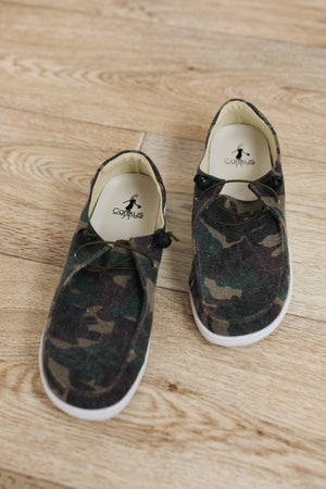 sku18784 | Kayak Slip-On Sneaker