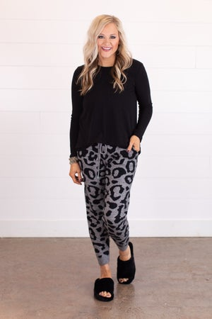sku17502 | Animal Print Sweater Joggers