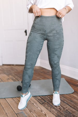 sku18828 | Textured Camo TACTEL Active Leggings
