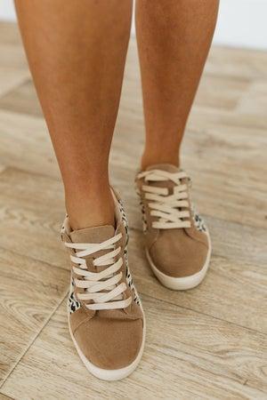 sku21706   Jordan Lace-Up Sneaker