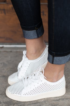 sku17929 | Milo Perforated Sneaker