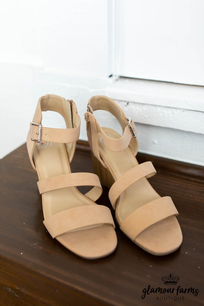 sku12667   User Wedge Sandal