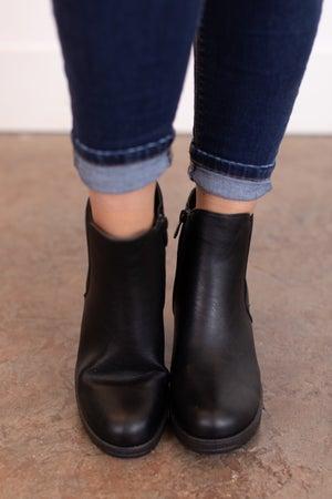 sku17920 | Status Lug Boot