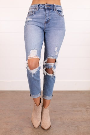 sku16067 | Distressed High Rise Mom Jeans