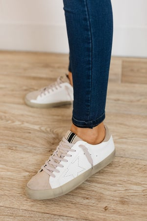sku19959 | Mia Star Distressed Sneaker