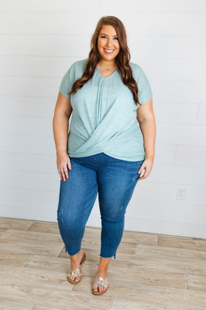 sku19597 | Slub Knit Front Twist Top