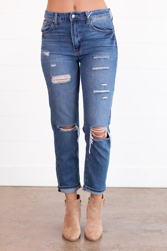 sku15904 | Distressed Tomgirl Jeans
