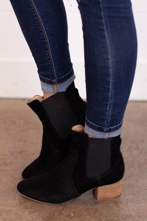 sku17918 | Holly Faux Suede Ankle Boot