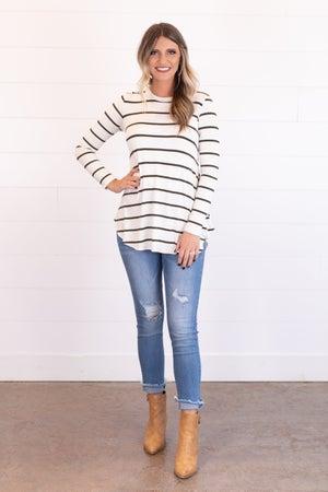 sku17543   Distressed Skinny Jeans