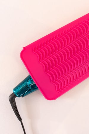 sku17536   Silicone Hot Iron Sleeve And Mat