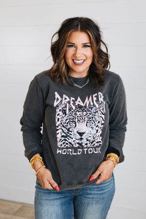 sku19298 | Dreamer World Tour Graphic Sweatshirt