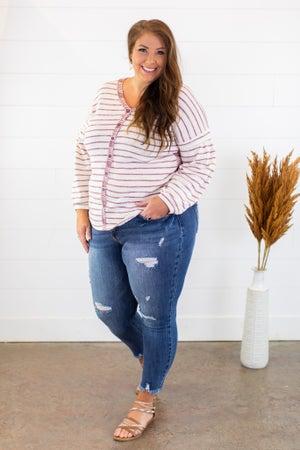 sku15119   Distressed Skinny Jean