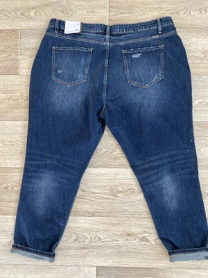 sku20388 | KanCan Distressed High Rise Boyfriend Jeans