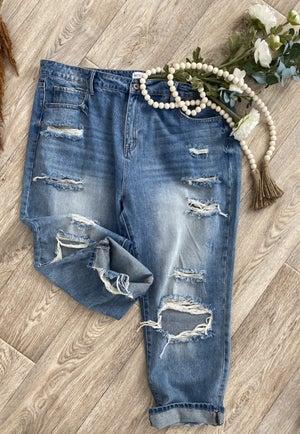 sku18062   Destroyed Boyfriend Jeans