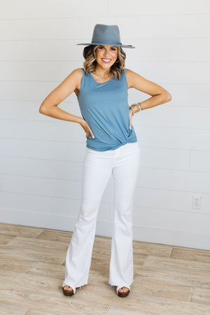 sku19404 | **Daily Deal** Front Twist Tank