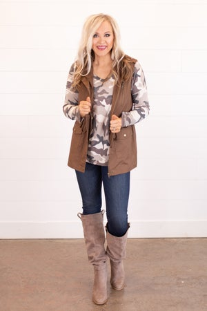 sku16324   **Daily Deal** Hooded Utility Vest