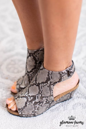 sku11526 | Calypso Wedge Sandal