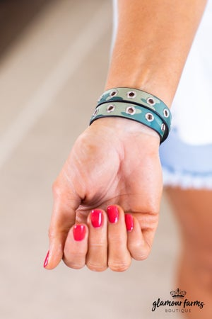 sku13870   Camo Grommet Wrap Bracelet