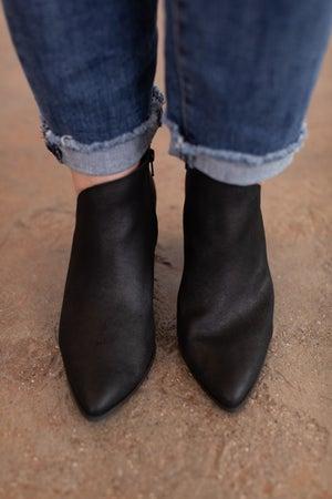 sku16046 | Nava Ankle Bootie