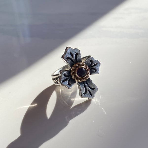 Retired James Avery Lily Cross Ring w/ Amethyst