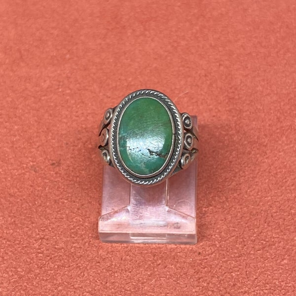 Petite Malachite Ring