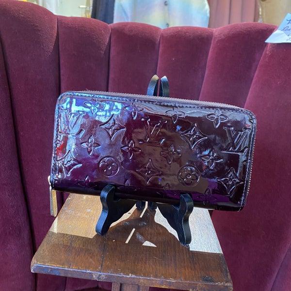 Louis Vuitton Zippy Vernis Leather Wallet
