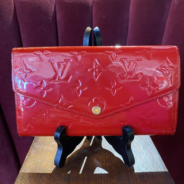 Louis Vuitton Sarah Cerise Vernis Snap Wallet