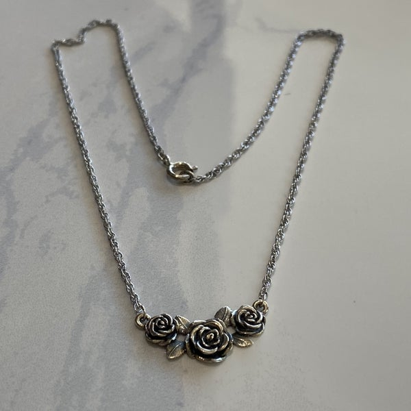 Retired James Avery Rose Necklace