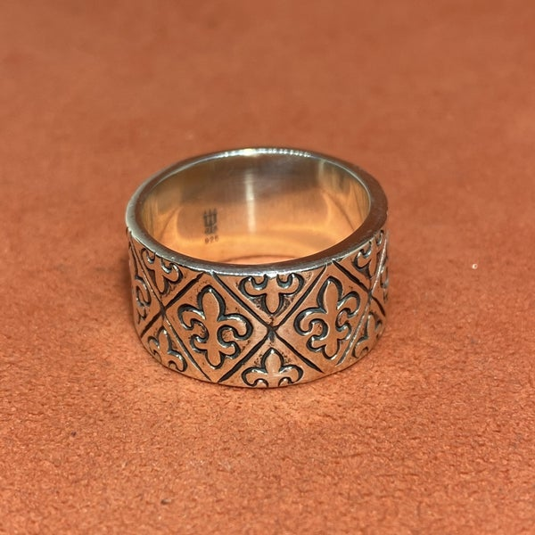 Retired James Avery Sterling Silver Fleur De Lis Ring