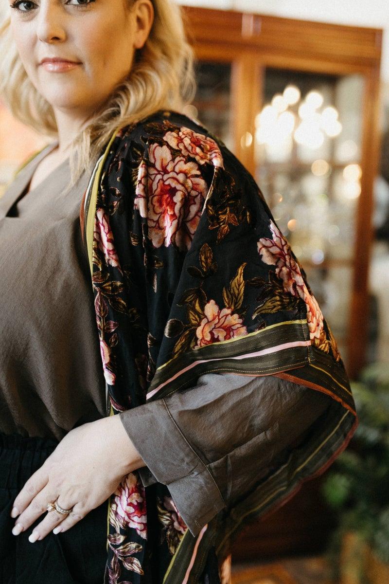 Aratta Black Burnout Floral Kimono