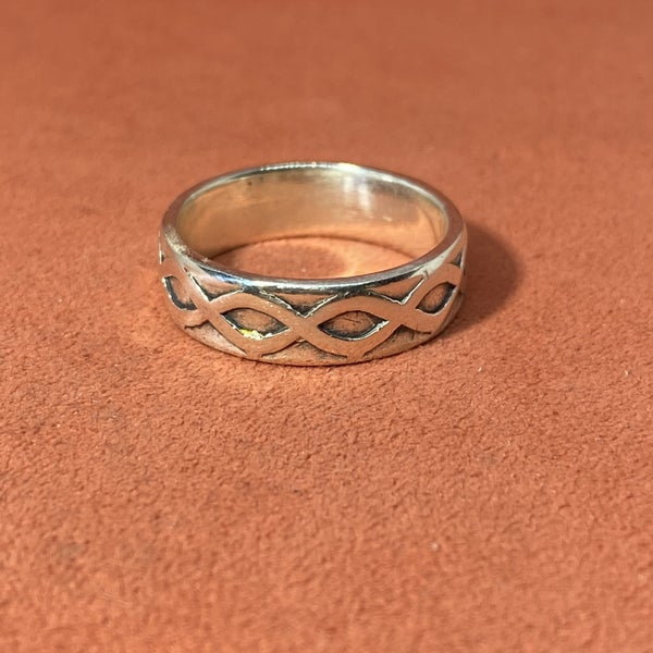 Retired James Avery Crown of Thorns Ring