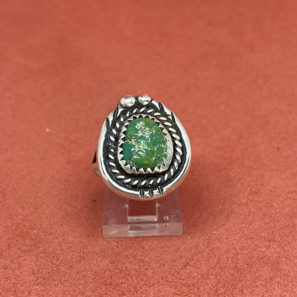 Round Turquoise Sterling Silver Ring w/ Scroll Detail