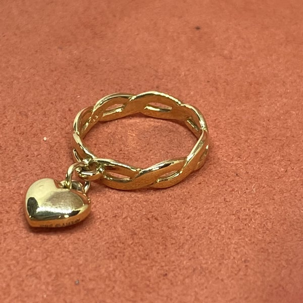 James Avery Gold Twist Wire Dangle Ring w/ Heart Charm