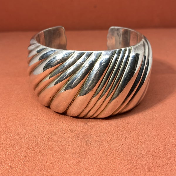 Vintage Tiffany & Co Ribbed Cuff Bracelet