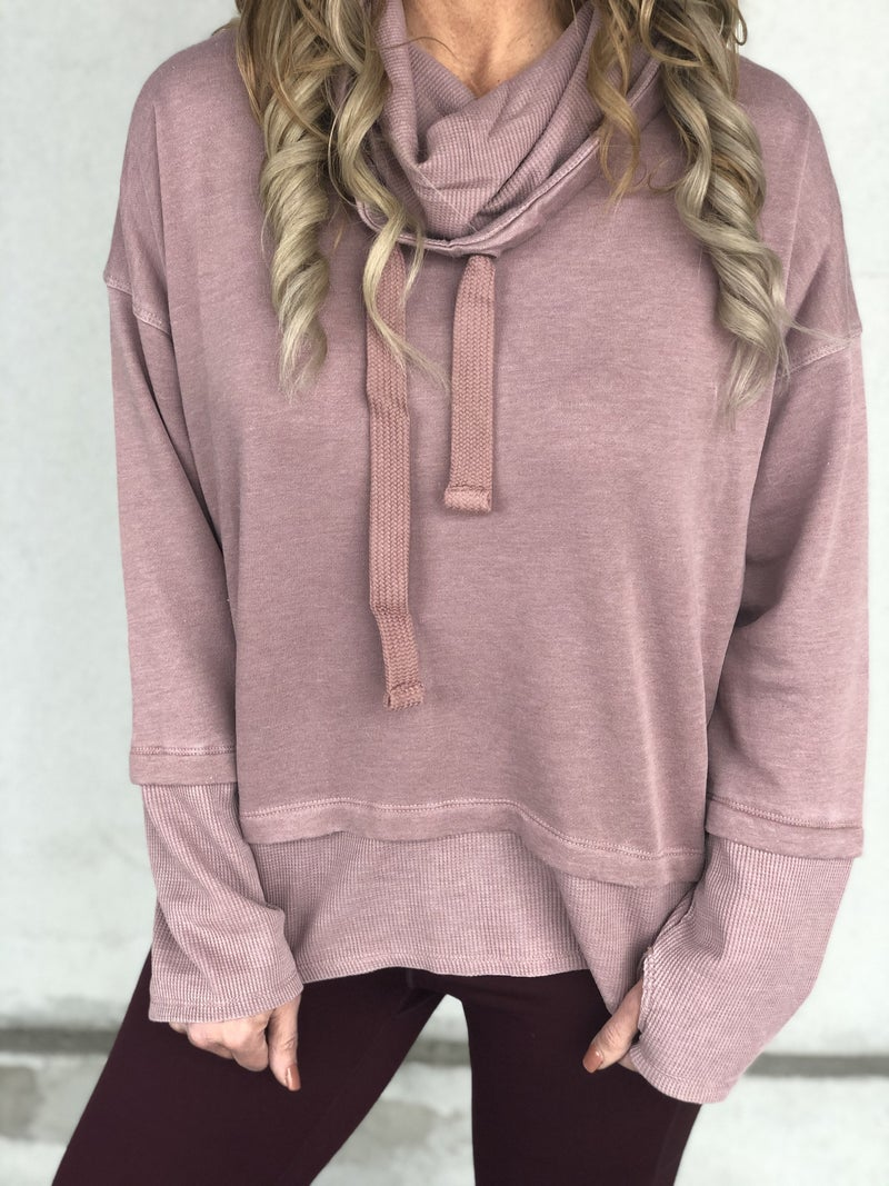 Curvy Sporty Looks Pullover