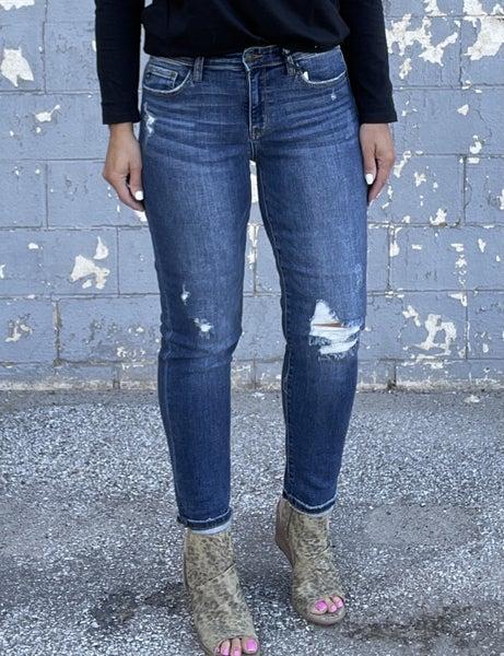 Judy Blue Twila Boyfriend Distressed Jeans 204DK