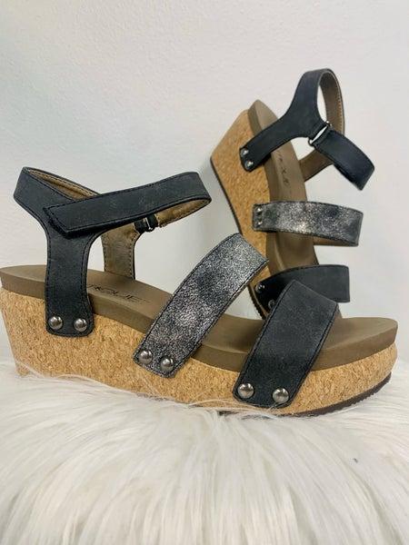 Cona Sandals