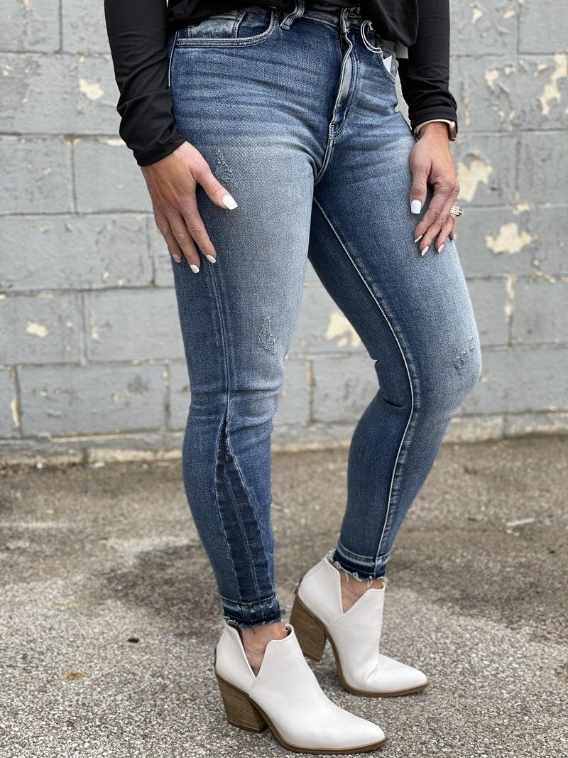 KanCan Lili Dark Wash Skinny Jeans 64D