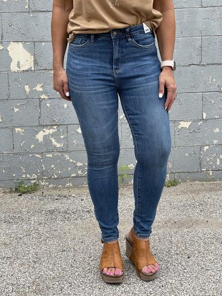 Judy Blue Skylar Tummy Control Jeans 12R