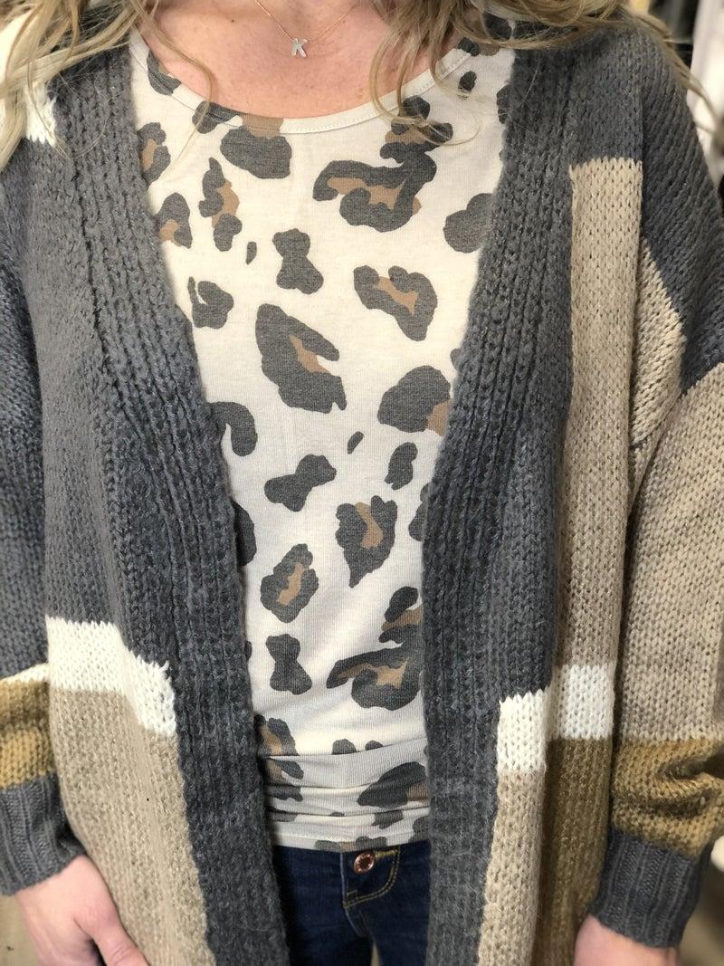 Neutral Looks Cardigan