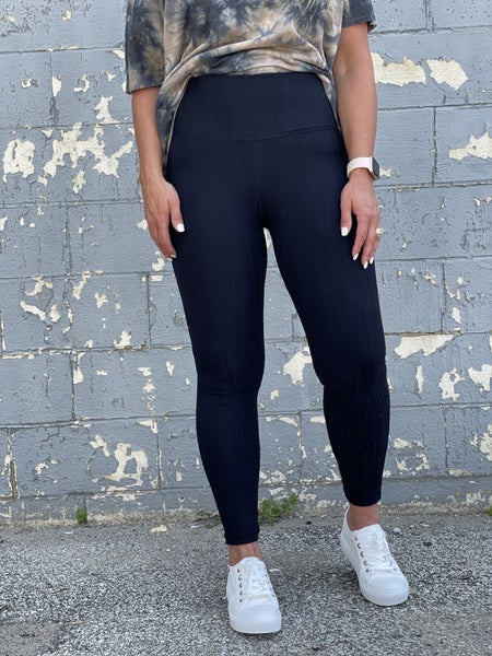 Textured Lines High Waisted Leggings