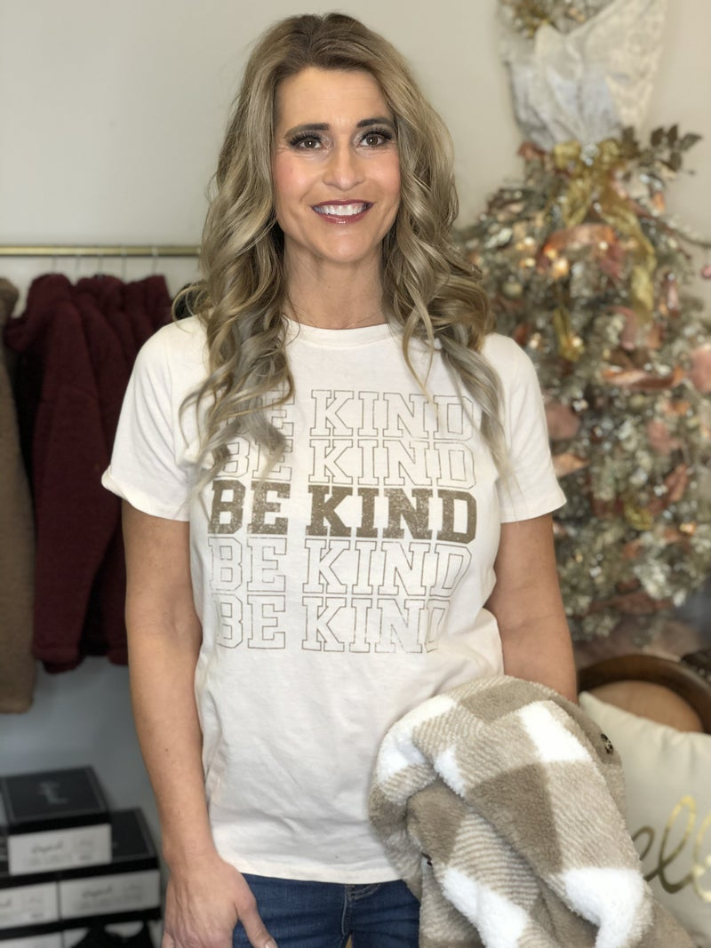 BE KIND Repeated Graphic Tee