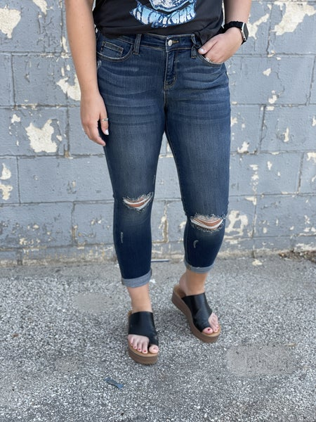 Distressed Cropped Jeans Judy Blue 146
